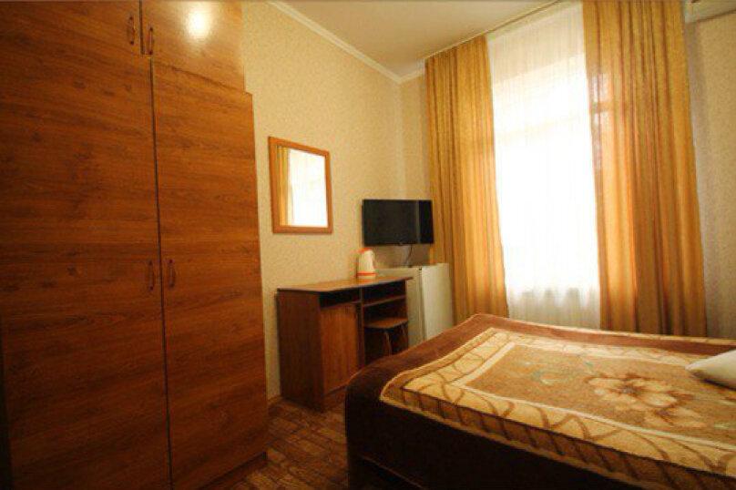 """Гостевой дом """"Кариота"""", улица Мира, 21А на 6 комнат - Фотография 11"""