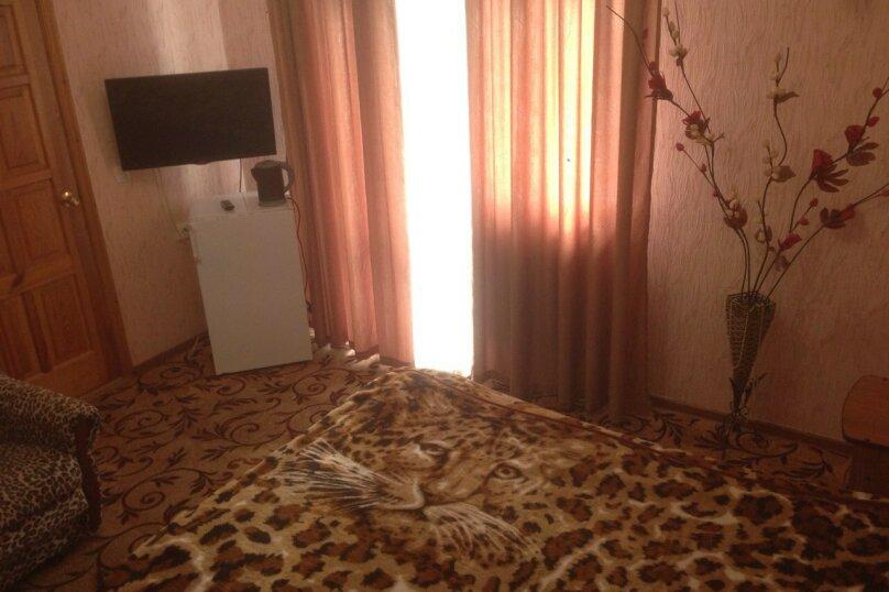 """Гостевой дом """"Кариота"""", улица Мира, 21А на 6 комнат - Фотография 12"""