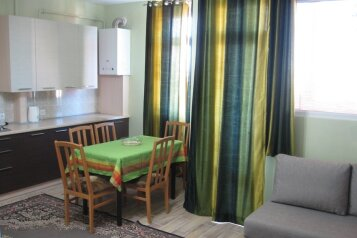 1-комн. квартира, 70 кв.м. на 4 человека, Черноморская набережная , Феодосия - Фотография 1