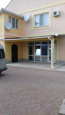 Домик, 180 кв.м. на 12 человек, 3 спальни, Солнечная, 37, Поповка - Фотография 1