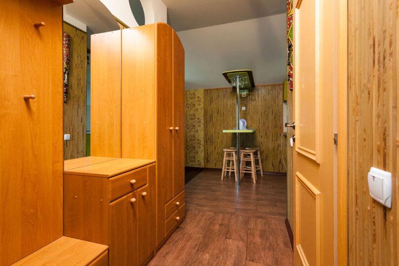 Комфортабельный видовой номер, 50 кв.м. на 4 человека, 1 спальня, шоссе свободы, 15 б, Алупка - Фотография 22