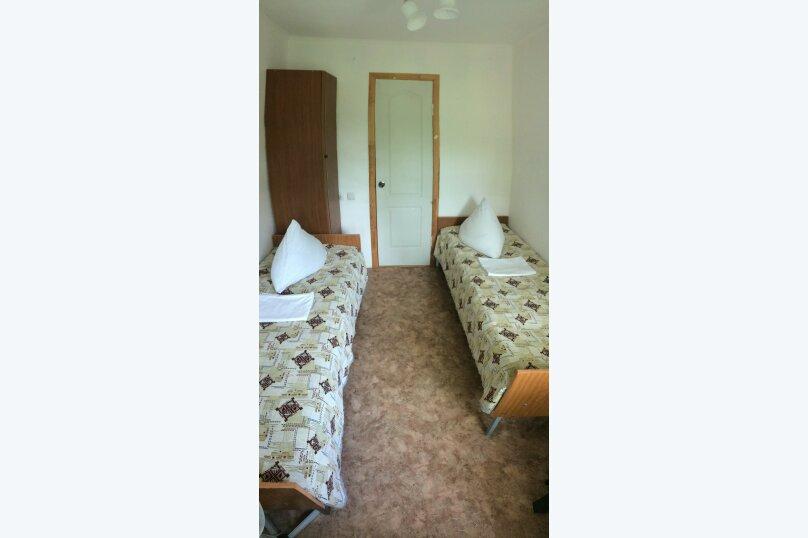 2-х местный с собственной  ванной комнатой и вентилятором, улица Ватутина, 6, Вишневка, Сочи - Фотография 2