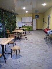 """Гостевой дом """"Лидия"""", улица Фадеева, 15 на 6 комнат - Фотография 1"""
