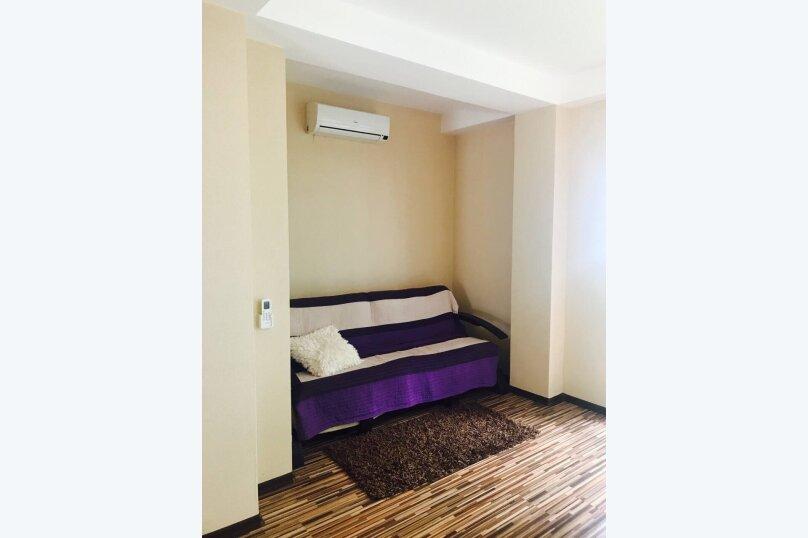 Гостевой дом , 300 кв.м. на 14 человек, 4 спальни, Янтарная, 22а, Ялта - Фотография 8