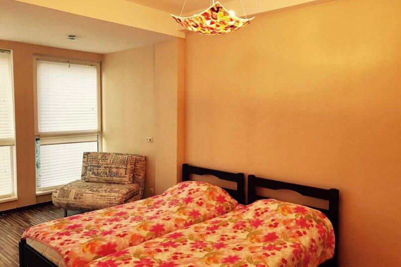 Гостевой дом , 300 кв.м. на 14 человек, 4 спальни, Янтарная, 22а, Ялта - Фотография 14