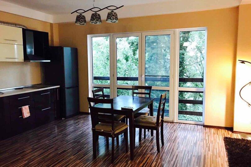 Гостевой дом , 300 кв.м. на 14 человек, 4 спальни, Янтарная, 22а, Ялта - Фотография 15