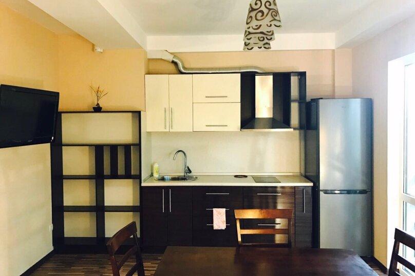 Гостевой дом , 300 кв.м. на 14 человек, 4 спальни, Янтарная, 22а, Ялта - Фотография 19