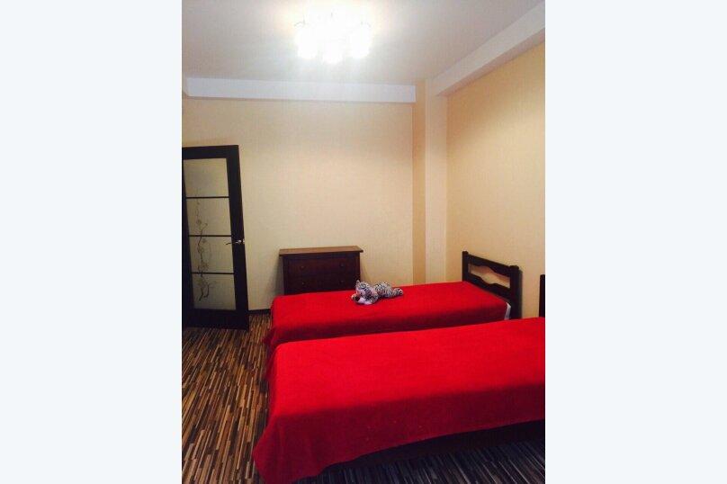 Гостевой дом , 300 кв.м. на 14 человек, 4 спальни, Янтарная, 22а, Ялта - Фотография 24
