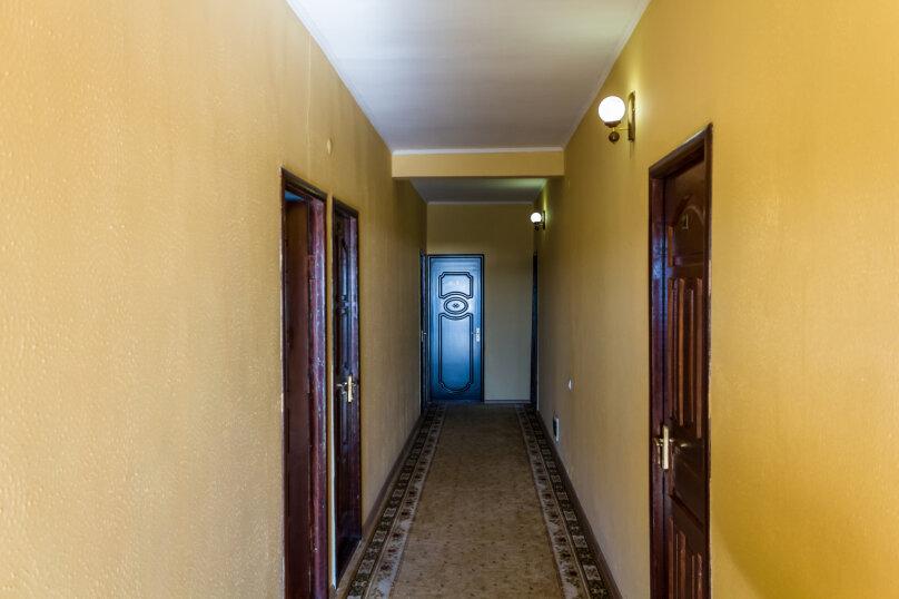 """Гостевой дом """"Карин"""", улица Ленина, 212А на 24 номера - Фотография 2"""