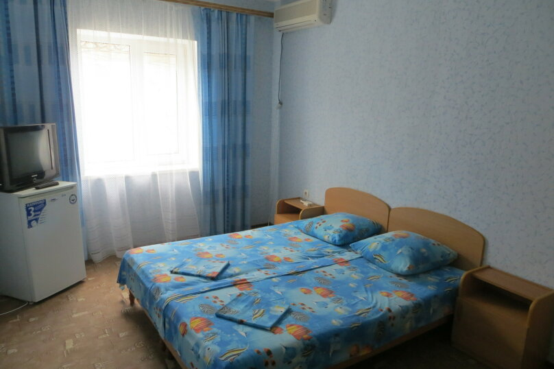 """Жилой дом с комнатами  """"На Бирюзова 37"""", улица Бирюзова, 37 на 6 комнат - Фотография 5"""