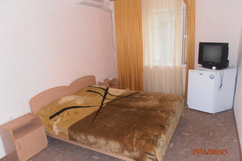 """Жилой дом с комнатами  """"На Бирюзова 37"""", улица Бирюзова, 37 на 6 комнат - Фотография 10"""