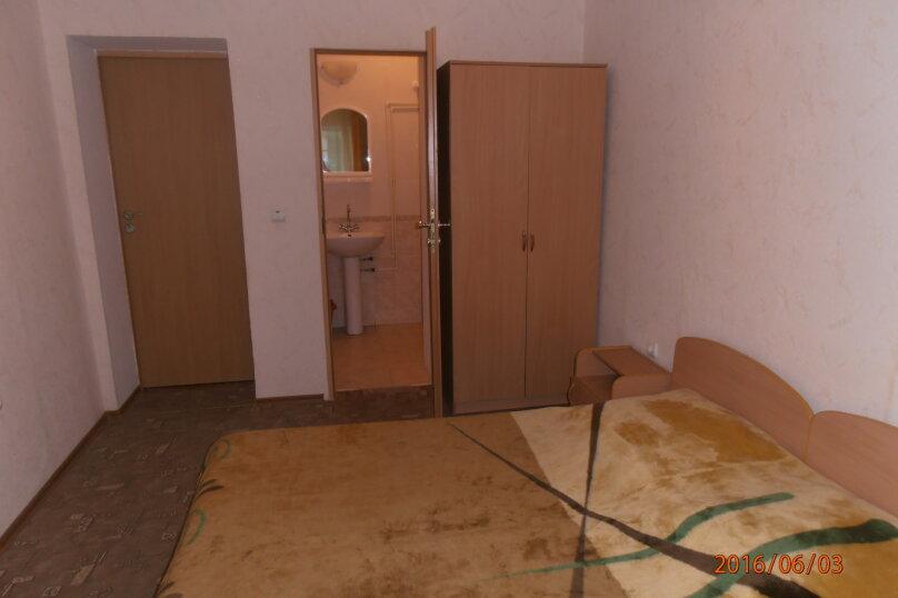 """Жилой дом с комнатами  """"На Бирюзова 37"""", улица Бирюзова, 37 на 6 комнат - Фотография 11"""