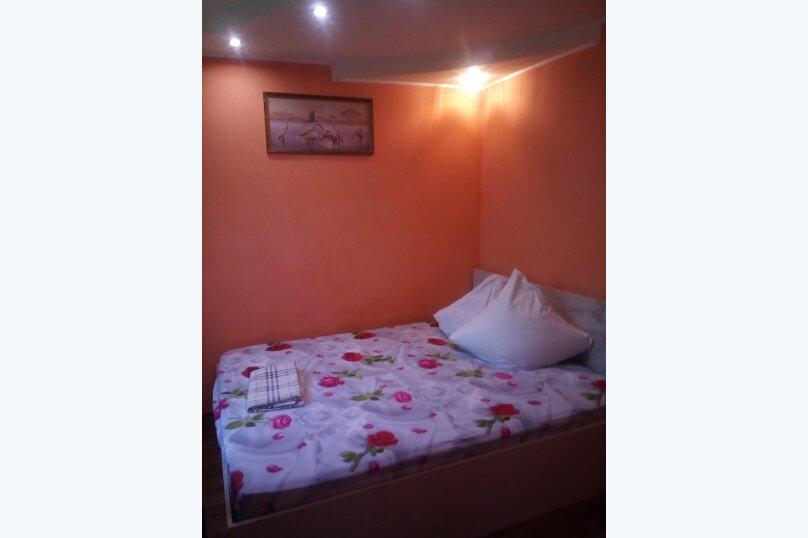 Дом, 80 кв.м. на 5 человек, 2 спальни, улица Ломоносова, 12, Судак - Фотография 2
