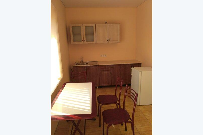 Отдельная комната, улица Ковропрядов, 8, Судак - Фотография 1