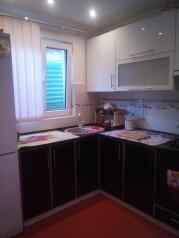 Дом, 80 кв.м. на 5 человек, 2 спальни, улица Ломоносова, Судак - Фотография 2