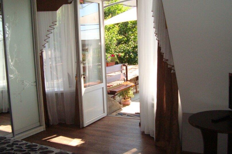 2-комнатный дом, 40 кв.м. на 4 человека, 2 спальни, улица Карла Маркса, 4, Алушта - Фотография 10