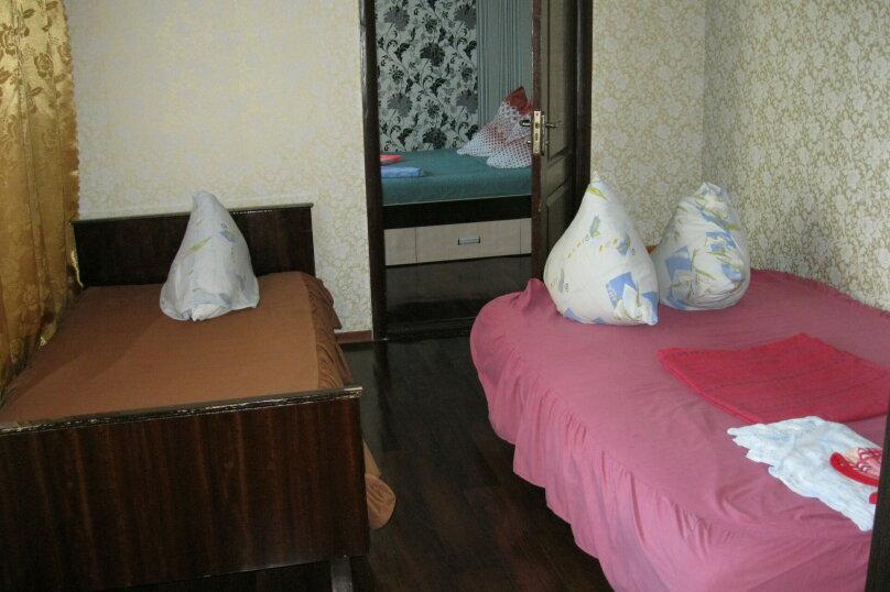 Двухкомнатный дом со двором, 80 кв.м. на 6 человек, 3 спальни, улица Шмидта, 22, Евпатория - Фотография 6