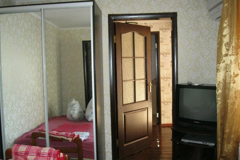 Двухкомнатный дом со двором, 80 кв.м. на 6 человек, 3 спальни, улица Шмидта, 22, Евпатория - Фотография 7