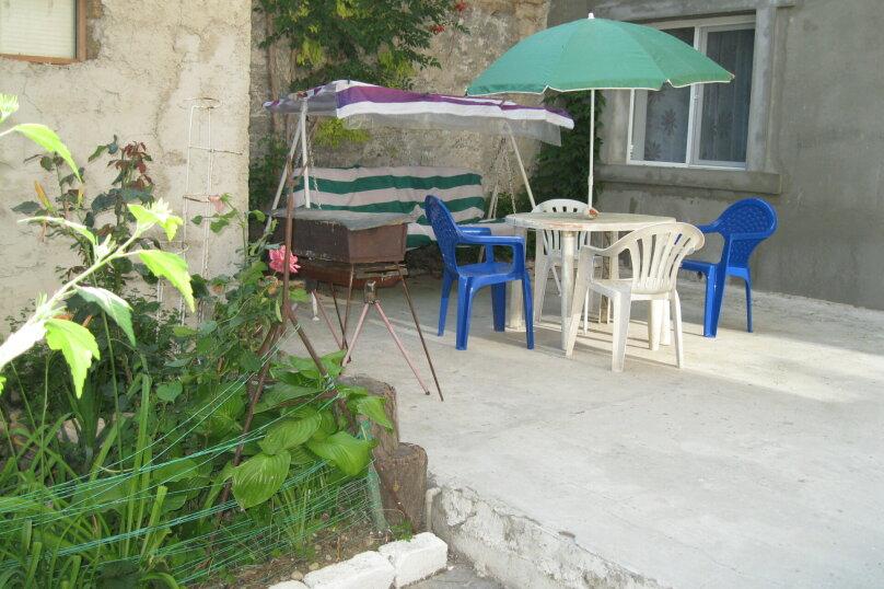 Двухкомнатный дом со двором, 80 кв.м. на 6 человек, 3 спальни, улица Шмидта, 22, Евпатория - Фотография 8