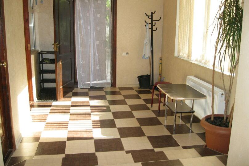 Двухкомнатный дом со двором, 80 кв.м. на 6 человек, 3 спальни, улица Шмидта, 22, Евпатория - Фотография 10