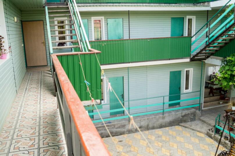 """Гостевой дом """"Альдаир"""", Яблоневая улица, 12 на 26 комнат - Фотография 6"""