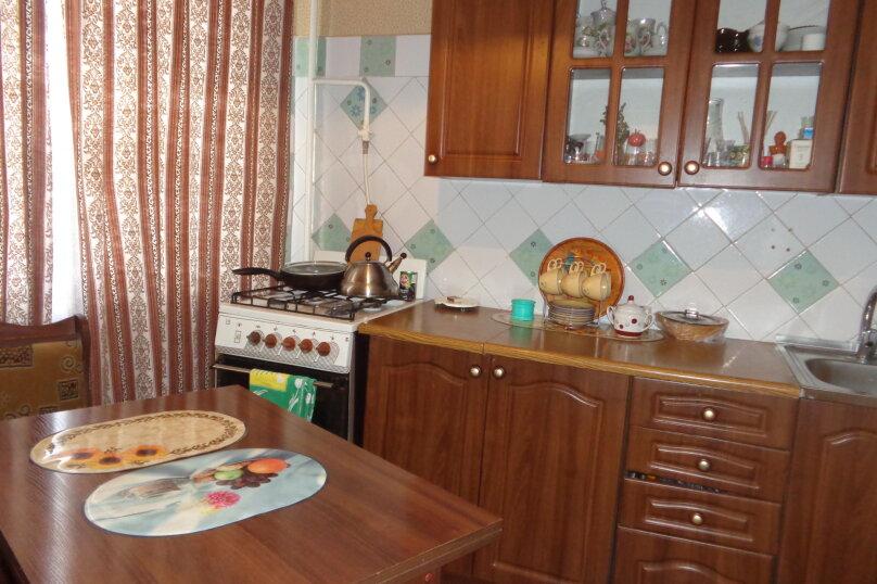 3-комн. квартира, 60 кв.м. на 4 человека, улица Сырникова, 25, Мирный, Крым - Фотография 3
