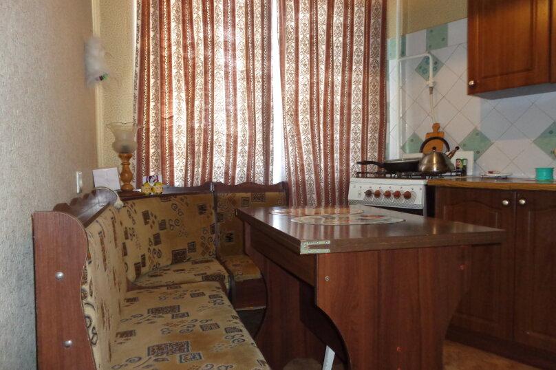 3-комн. квартира, 60 кв.м. на 4 человека, улица Сырникова, 25, Мирный, Крым - Фотография 4