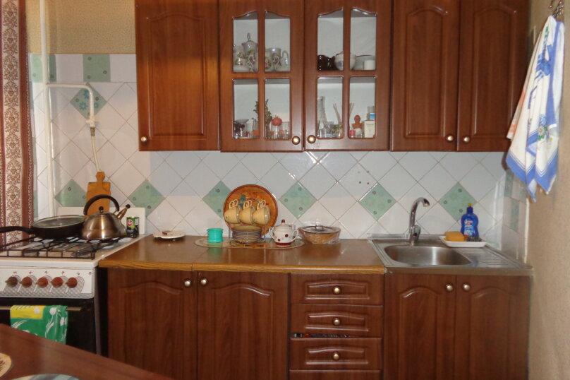 3-комн. квартира, 60 кв.м. на 4 человека, улица Сырникова, 25, Мирный, Крым - Фотография 5
