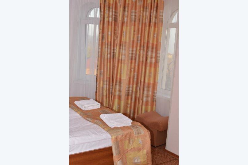 Гостиница 750022, Генерала Острякова, 10 на 22 комнаты - Фотография 16