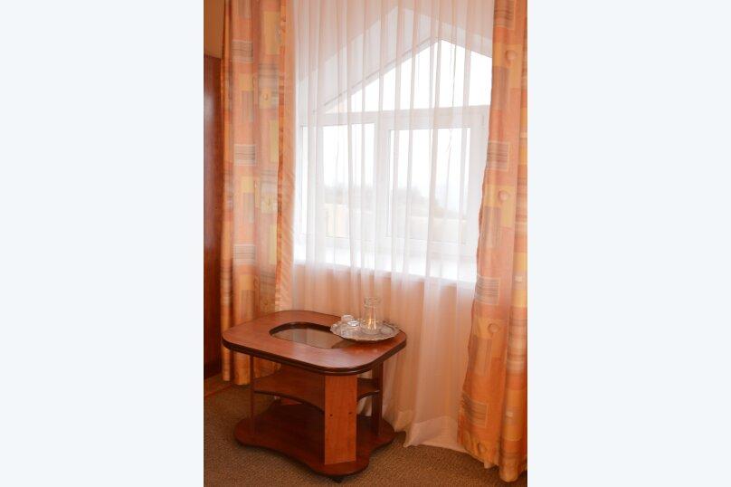 Гостиница 750022, Генерала Острякова, 10 на 22 комнаты - Фотография 20