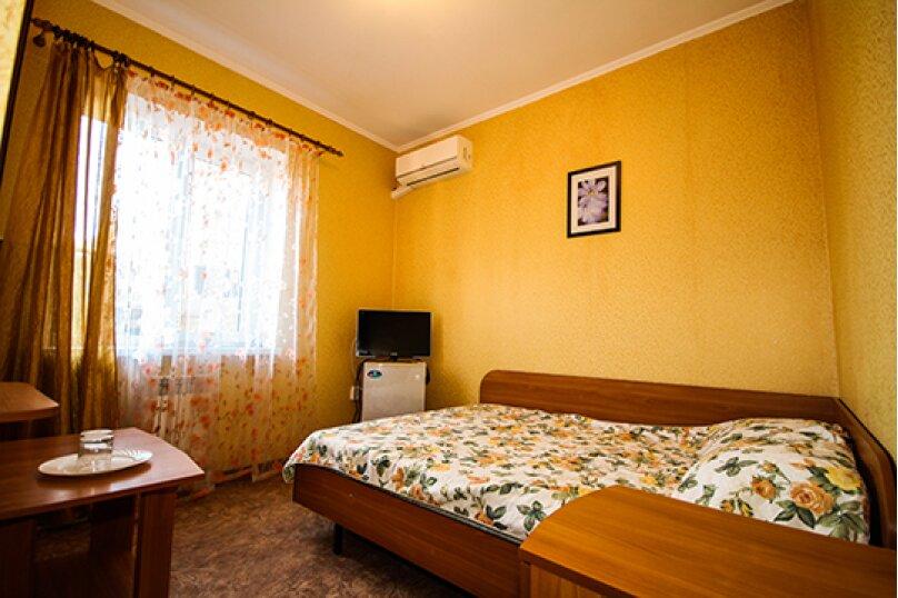 Гостевой дом Атон, улица Гоголя, 41 на 25 комнат - Фотография 9