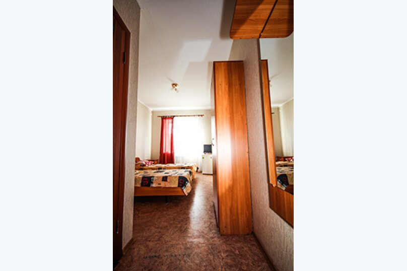 Гостевой дом Атон, улица Гоголя, 41 на 25 комнат - Фотография 13