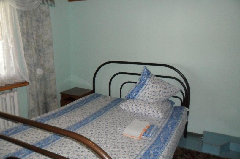 Комнаты для летнего отдыха с удобствами, улица Тургенева, 261 А/2 на 4 комнаты - Фотография 12