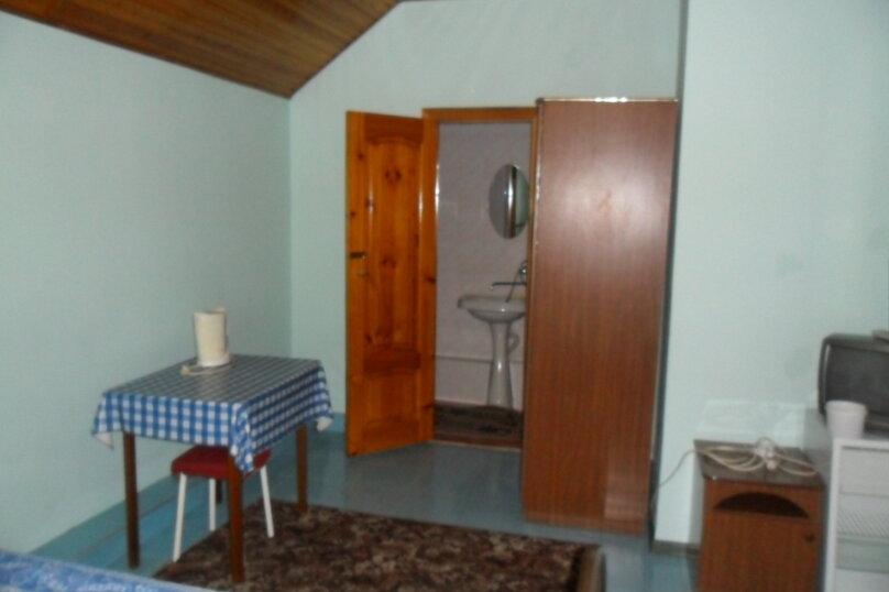 Комнаты для летнего отдыха с удобствами, улица Тургенева, 261 А/2 на 4 комнаты - Фотография 13