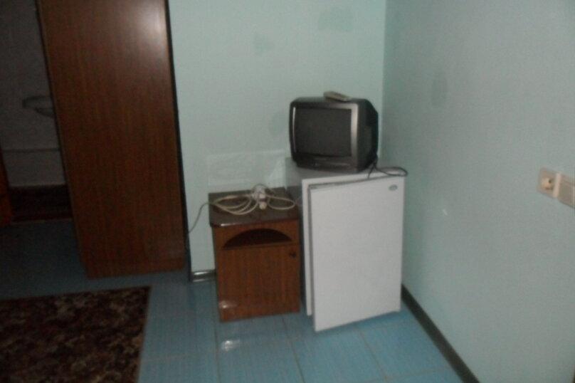 Комнаты для летнего отдыха с удобствами, улица Тургенева, 261 А/2 на 4 комнаты - Фотография 14