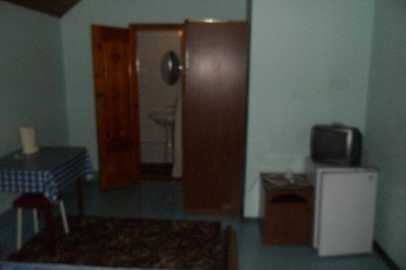 Комнаты для летнего отдыха с удобствами, улица Тургенева, 261 А/2 на 4 комнаты - Фотография 17