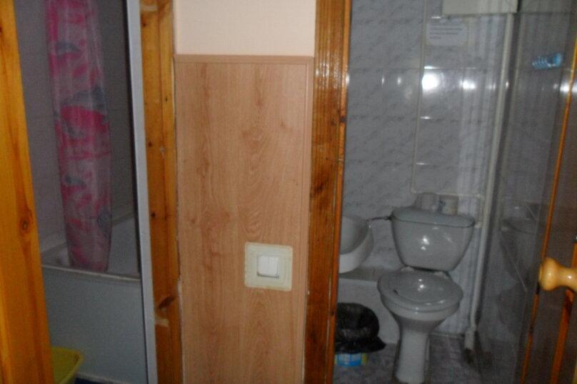 Комнаты для летнего отдыха с удобствами, улица Тургенева, 261 А/2 на 4 комнаты - Фотография 18
