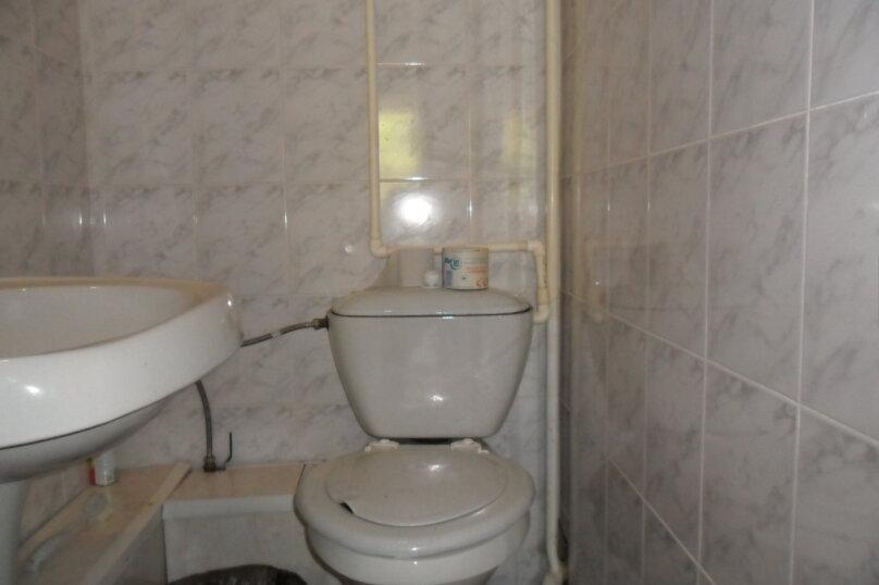 Комнаты для летнего отдыха с удобствами, улица Тургенева, 261 А/2 на 4 комнаты - Фотография 19
