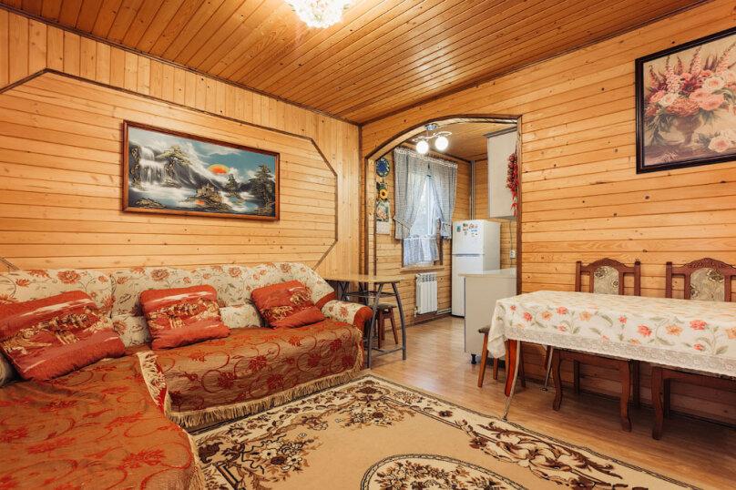 Дом, 90 кв.м. на 4 человека, 2 спальни, шоссе свободы, 15 б, Алупка - Фотография 1
