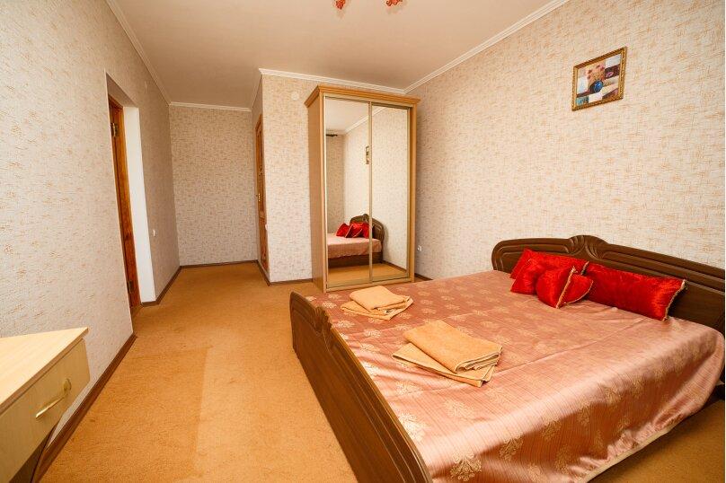 2х-комнатный со смежными комнатами, улица Гора Фирейная, 18, район горы Фирейная , Судак - Фотография 4