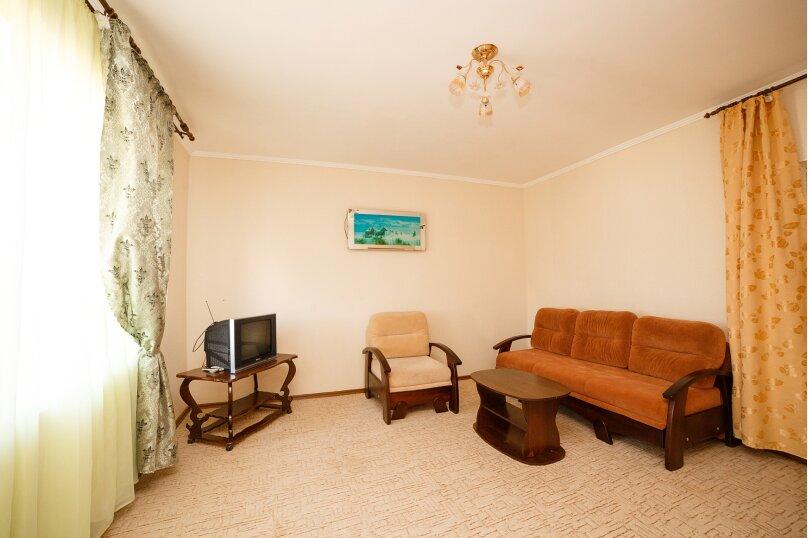 2х-комнатный со смежными комнатами, улица Гора Фирейная, 18, район горы Фирейная , Судак - Фотография 5