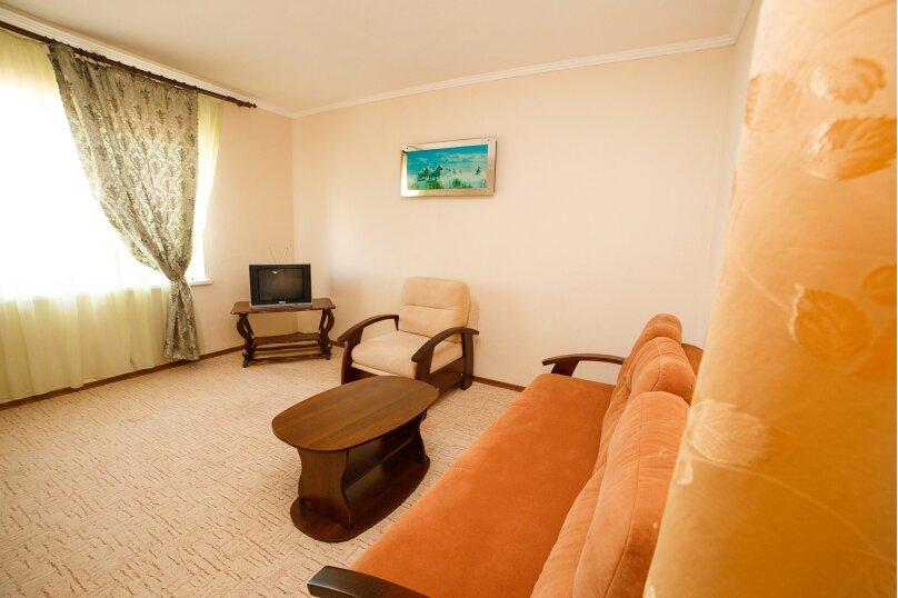 2х-комнатный со смежными комнатами, улица Гора Фирейная, 18, район горы Фирейная , Судак - Фотография 6