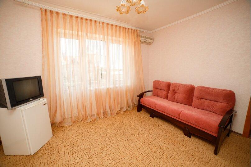 2х-комнатный со смежными комнатами, улица Гора Фирейная, 18, район горы Фирейная , Судак - Фотография 9