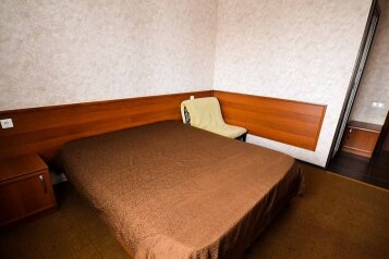 Отель, Цитрусовая улица, 10 на 40 номеров - Фотография 2