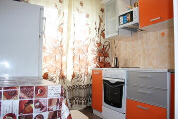 2-комн. квартира, 52 кв.м. на 6 человек, Вокзальная улица, 52, Западный район, Междуреченск - Фотография 4