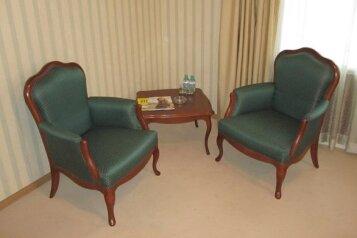 Двухместный бизнес-стандарт:  Номер, Стандарт, 2-местный, 1-комнатный, Отель, улица Куйбышева на 28 номеров - Фотография 4