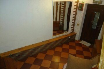 Дом двух этажный, 35 кв.м. на 4 человека, 2 спальни, Красногвардейская улица, 36, Алупка - Фотография 2