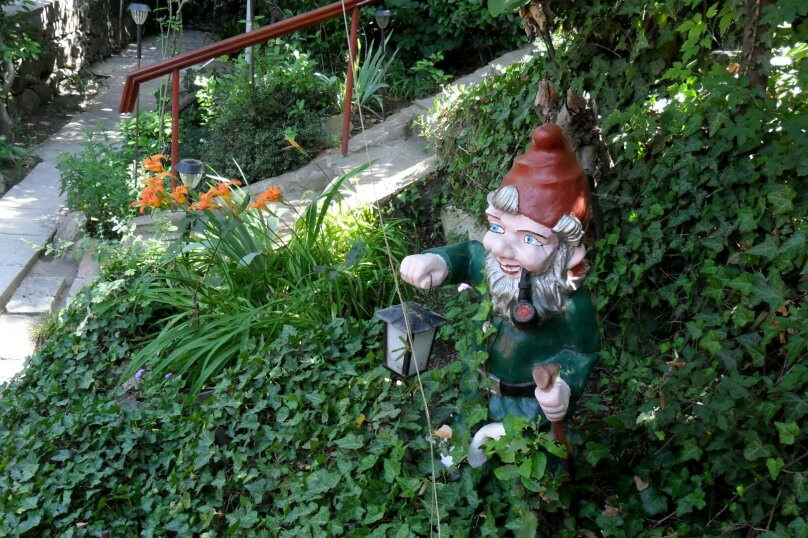 Дом с зелёным двориком, 100 кв.м. на 6 человек, 2 спальни, улица Загородная, дом 8, Ялта - Фотография 16