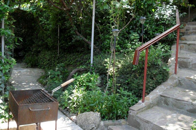 Дом с зелёным двориком, 100 кв.м. на 6 человек, 2 спальни, улица Загородная, дом 8, Ялта - Фотография 17
