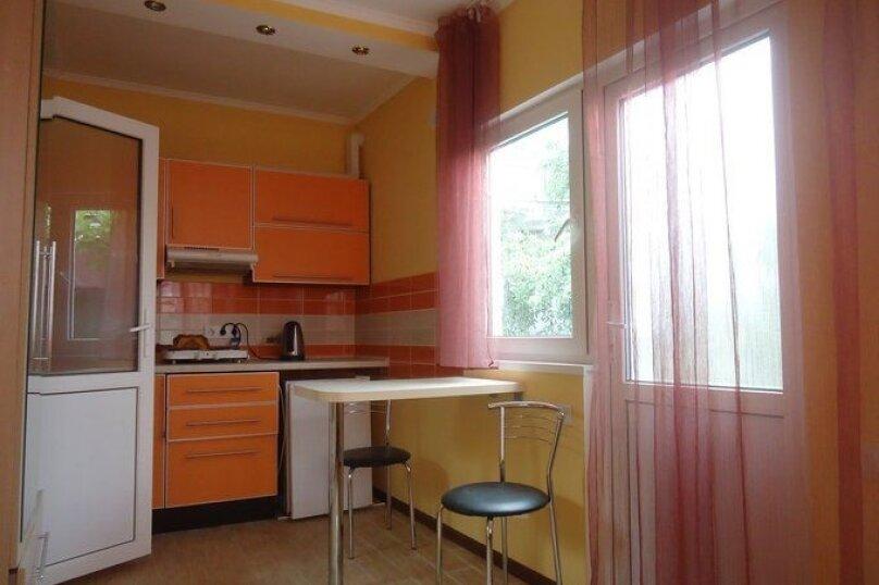 Сдам жилье в Алупке, 20 кв.м. на 3 человека, 1 спальня, улица Калинина, 32, Алупка - Фотография 8